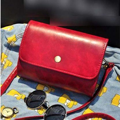 Sling Bag Simple Design Bahan Pu Leather Mulus Merah TF894