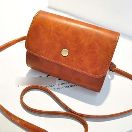 Sling Bag Simple Design Bahan Pu Leather Mulus Orange TF893