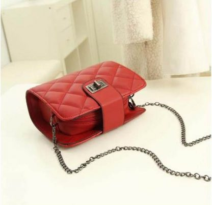 Sling Bag Mini Simple Design With Clip Lock Merah TF882-3