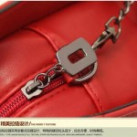 Sling Bag Mini Simple Design With Clip Lock Merah TF882-8