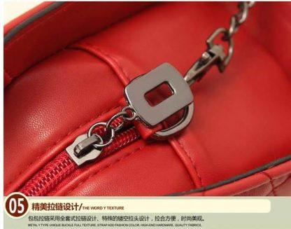 Sling Bag Mini Simple Design With Clip Lock Merah TF882-8