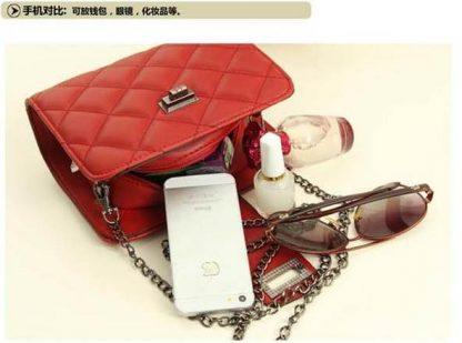 Sling Bag Mini Simple Design With Clip Lock Merah TF882-9